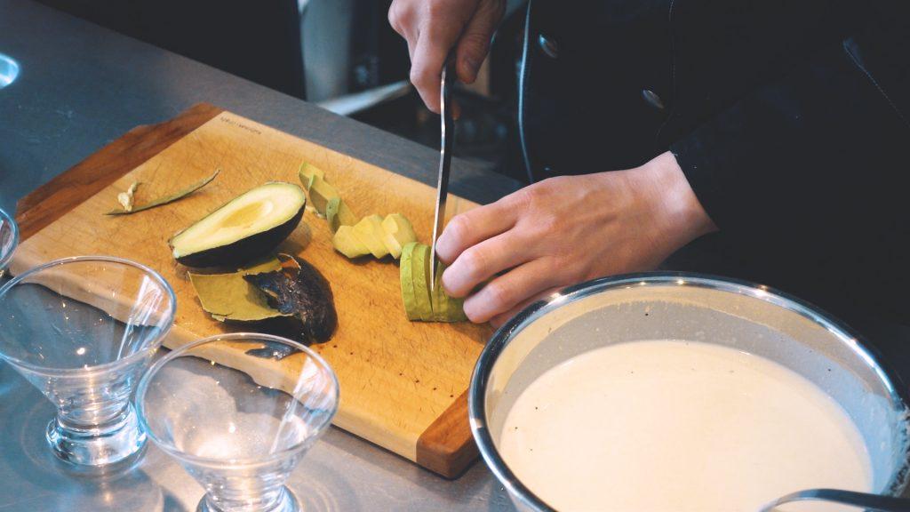 ジャガイモの冷製スープ ビシソワーズ 太郎メシ リストランテタロウ レシピ動画